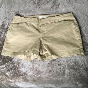 Old navy khaki pixie shorts